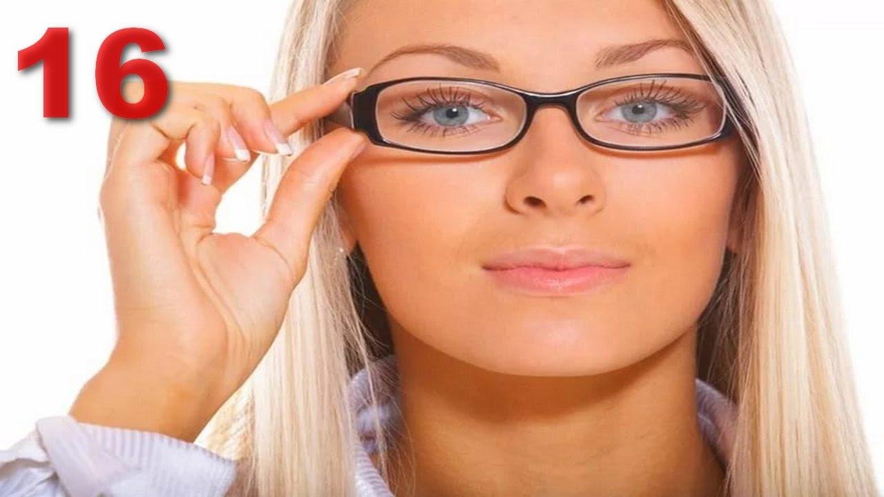 Проблема зрения касается практически всех, только возраст достигает 40 – 45 лет, так сразу становится ощутимо, что видеть вы стали намного хуже. Конечно, это связано со многими факторами современной жизни. Но все-таки, это вызывает массу неудобств. Особенно становится невозможным прочтение каких-либо документов, написанных мелким шрифтом, а о чтении вкладышей к медицинским препаратам вообще говорить нечего. Хорошо конечно если у вас всегда есть под рукой очки или лупа. Линзы в виде очков, как известно, не рекомендуется носить постоянно, если у вас зрение позволяет обходиться без них, а лупой пользоваться не всегда удобно. С этой целью учеными было разработано инновационное и в то же время уникальное решение - чудо очки «Zoom HD». Они служат для увеличения шрифта или какого-либо предмета, то есть альтернативная замена старомодной лупе. Использовав данный вид очков, вы запросто сможете читать, писать, вязать, заниматься любым делом, связанным с мельчайшими деталями, не напрягая зрение. «Zoom HD» не предназначены для постоянного пользования и носки, они служат вам только по мере необходимости, но в то же время ими есть возможность работать в течение длительного времени. Очки «Zoom HD» - что это такое? Очки служат для уменьшения нагрузки на глаза, они идеально подходят для работы с мелкими деталями, чтения, кропотливых работ. Они очень удобны, изготовлены из качественных материалов, не соскальзывают с переносицы. Пользуясь приспособлением, вы сможете защитить глаза и надолго сохранить зрение, так как нагрузка на них практически будет ликвидирована при помощи приспособления. Больше миллиона людей приобрели уже чудо очки «Zoom HD», отзывы, оставив благодарные. С появлением очков «Zoom HD», решилось довольно много проблем. Они не корректируют и не лечат зрение, они просто служат увеличением размера. Раньше для подобных целей в основном использовалась лупа, но если необходимо, для работы задействовать две руки, то пользование ею становится невозможным. Имея при себе эти очк